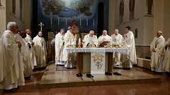 santa messa con vescovo