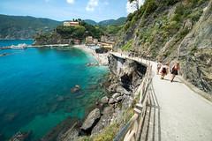 il Monterosso al Mare (f_bertilsson) Tags: beach water al mare crystal liguria clear terre monterosso cinque