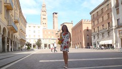 Cremona - Piazza Stradivari (Alessia Cross) Tags: tgirl transgender transvestite crossdresser travestito