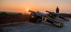 Feuer !!! (matthias_oberlausitz) Tags: schweiz abend sonnenuntergang fort sachsen turm sonne stimmung festung schsische elbsandsteingebirge knigstein kanone feuerball
