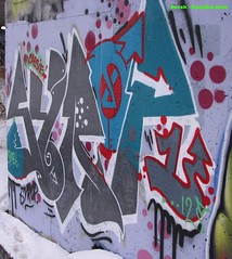 Syrop (The_Real_Sneak) Tags: streetart graffiti ottawa gatineau hull 2012 omb syrop keepsixcom february2012 sneakspics