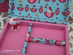 Caixa por dentro (Criativa Cor/ Daniela) Tags: hellokitty fabric nuvens mdf sombrinhas tecidoimportado caixaorganizadora caixadebiju caixainfantil tecidohellokitty caixadebijudahellokitty