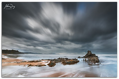 Faster and faster (alonsodr) Tags: longexposure beach seascapes sony playa filter reverse alpha alonso bizkaia euskadi vizcaya graduated inverso marinas pasvasco carlzeiss filtro sopelana largaexposicin degradado a900 alonsodr nd1000 gnd8 alonsodaz alpha900 cz1635mm