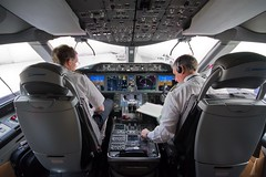 Boeing 787 Flight Deck (Silver1SWA (Ryan Pastorino)) Tags: canon san sandiego sigma 7d boeing 787 sigma1020 dreamliner