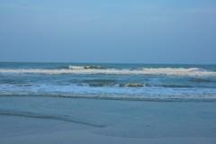 Waves hitting the beach in Hua Hin, Thailand (UweBKK ( 77 on )) Tags: ocean beach water thailand sand day waves gulf sony clear alpha dslr 550
