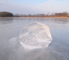 glace erodee par le vent sur l'etang (Dombes) - ice eroded by the wind on the pond (dombes et ailleurs) Tags: winter ice frost hiver glace etang gelee dombes