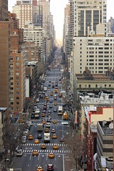 NYC - 1st Avenue (Fotis Korkokios) Tags: street city nyc newyorkcity urban usa newyork trafficlights cars architecture america canon buildings town traffic manhattan horizon capital transport taxis northamerica avenue bigapple overview urbanlandscape endless urbanphotography thebigapple urbanenvironment rooseveltislandtramway fostis