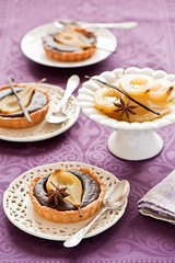 Pear chocolate tarts (The Little Squirrel) Tags: chocolate pear tarts