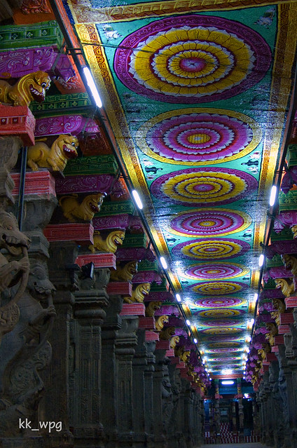 CEILING of MEENAKSHI SUNDARESWARAR TEMPLE (with flash), Madurai, Tamil Nadu, India  (I)