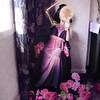 La vanidad (Los 7 pecados capitales) - Vanity (Seven Deadly Sins) (Lunayda) Tags: flowers roses girl skeleton mirror nikon dress purple room vanity victorian sevendeadlysins