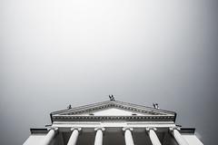 lines and space (batintherain) Tags: sky facade columns villa renaissance vicenza palladio tympanum larotonda villaalmericocapra