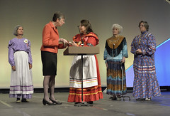 Native Americans welcome Assembly 2014 in Louisville (UMWomen) Tags: usa creek women unitedstates kentucky gifts louisville indians leaders nativeamericans indigenous unitedmethodistchurch assembly umw unitedmethodistwomen kentuckyinternationalconventioncenter assembly2014