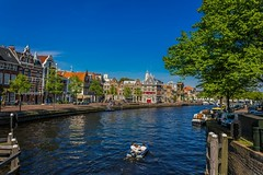 (McQuaide Photography) Tags: holland haarlem water netherlands spaarne canon river eos europe nederland dslr liberationday rivier bevrijdingsdag 100d mcquaidephotography