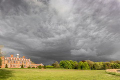 Storm brewing (mikeknowles60) Tags: clouds canon landscape sudbury statelyhome stormclouds sudburyhall mikeknowles canon650d lightroom6