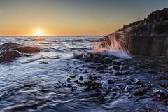 Causeway Sunset (Lee Galashan) Tags: canon 7dmk2 sigma 1020mm ex dc wide angle antrim camera club northern ireland sunset atlantic ocean giants causeway splash