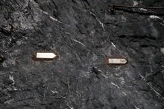 Gonzen Mine - Main Station (Kecko) Tags: underground geotagged army schweiz switzerland europe mine suisse swiss military kecko ostschweiz bahnhof tunnel sg svizzera armee militr stollen wegweiser 2016 militaer sargans bergwerk vild gonzen trbbach swissphoto wartau gonzenbergwerk geo:lat=47074020 geo:lon=9449300