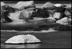 Rocks (aledue) Tags: blackandwhite bw water rocks stones bn biancoenero wow1 wow2 wow3 wow4 nikond80 flickraward platinumheartaward platinumpeaceaward aledue mygearandme flickrstruereflection1