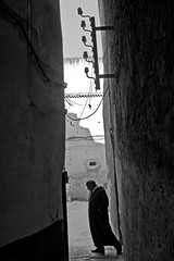 . (ngravity) Tags: street bw canon blackwhite candid streetphotography morocco fez nocrop fes eos50d makrygiannakis