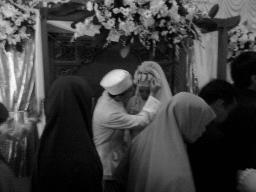 53 | Pernikahan Teman | Friend's Wedding