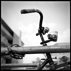 Ring, ring! (dirrch) Tags: 6x6 tlr analog t motive orte schwarzweiss fahrrad farben tübingen caffenol yashica635 swblackwhitebw rolleirpx100