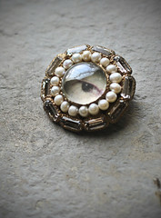 Commissioned brooch - Ayahi (Kotomi_) Tags: brooch jewellery kotomi