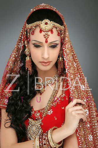 "Z Bridal Makeup 37 • <a style=""font-size:0.8em;"" href=""http://www.flickr.com/photos/94861042@N06/13904625984/"" target=""_blank"">View on Flickr</a>"