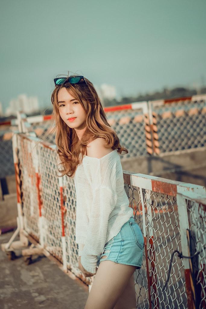My Girl (Freelance Photographer/ Designer) Tags: hello sunset sun sunlight  color cute
