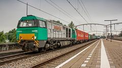 LOCON 1605 passing through Zwijndrecht (Nicky Boogaard Photography) Tags: ns siemens db cargo alstom 189 bombardier roosendaal cartrain class66 1621 g2000 zwijndrecht locon containertrain vossloh es64f4 captrain
