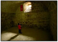 La prison, Abbaye St.-Hilaire, St.-Hilaire (Jess Cano Snchez) Tags: france abbey canon roman gothic frana romanesque aude francia middleages romanic gotique eos20d romanico gotico abbaye languedocroussillon gotic abadia sainthilaire efs1022 santhilari elsenyordelsbertins santilari quelestcelieu lengadocrosselhon