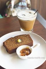 saturday coffee fix (lunerin) Tags: coffee jakarta cappuccino bananabread