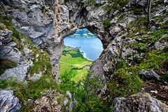 O (Heinrich Plum) Tags: mountain lake berg rock austria see sterreich rocks fuji plum berge fels mondsee felsen salzkammergut drachenloch drachenwand xe2 heinrichplum xf1024mm