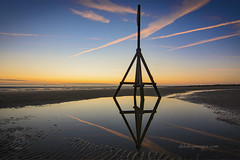 All tripod and no camera (alun.disley@ntlworld.com) Tags: uk sunset seascape beach weather reflections landscape contrails crosby merseyside