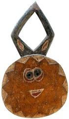 10Y_0667 (Kachile) Tags: art mask african tribal ctedivoire primitive ivorycoast gouro baoul nativebaoulmasksaremainlyanthropomorphicmeaningtheydepicthumanfacestypicallytheyarenarrowandfemininelookingincomparisontomasksofotherethnicitiesoftenfeaturenohairatallbaoulfacemasksaremostlyadornedwithvarioustrad