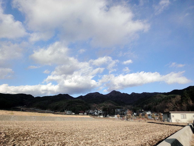 山梨の田園風景と青空の写真