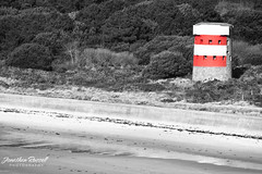 Ouaisne (Jonathan.Russell) Tags: trees red white black tower beach water canon lens islands sand russell jonathan tripod 200 jersey l ferns 70 bushes f4 channel h20 40d ousinea