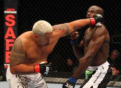 137362290JH169_UFC_144_HUNT (BRMMA) Tags: japan tokyo martialarts saitama jpn 144 issei tamura|japan|martial arts|saitama|tiequan zhang|tokyo|ufc isseitamura tiequanzhang ufc144