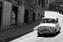 good old times (diegofornero (destino2003)) Tags: car fiat lisboa 600 chiado diegofornero