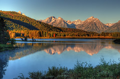 Tranquil Morning (Tom Lussier Photography) Tags: usa mountain tree water sunrise reflections river landscape nationalpark nikon rockymountain rockymountains wyoming moran grandtetonnationalpark oxbowbend grandtetonnationalparkwyoming tomlussier