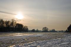 La Loire Gele (EmmanuelTh) Tags: orleans neige soir loire