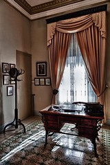 En la casa Borjia (Jose Casielles) Tags: contraluz castillo antiguo despacho yecla jativa castillodejativa fotografíasjcasielles borjia casaborjia