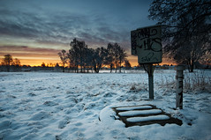 Box (- David Olsson -) Tags: morning trees winter snow cold clouds sunrise landscape early nikon sweden box sigma tags karlstad electricity 1020mm 1020 vrmland sjstad d5000 davidolsson 2exposuremanualblend