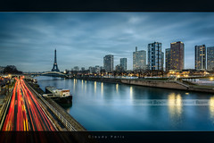Cloudy Paris (Beboy_photographies) Tags: paris france tower seine pose tour eiffel voiture reflet toureiffel pont hdr grenelle longue
