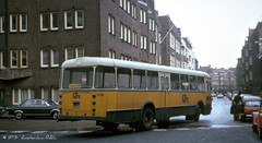 Amsterdam in 1973: Net gemist... / Just missed the bus... (Amsterdam RAIL) Tags: bus amsterdam cn autobus 1973 leyland vanhool amsterdamoost oost autocar jaren70 stadsarchief lijnbus 7035 streekbus centraalnederland leylandworldmaster streekgeel tweedeboerhaavestraat exnbm cn7035 ub6099