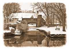 Pull's Ferry (Adrian Hyatt) Tags: snow sepia river wensum pullsferry