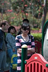 Pretty mama (Le Petit King) Tags: china portrait asia pretty shanghai   2012   xujiahuipark    xuhuidistrict 20120407