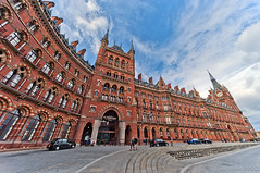 St. Pancras / The World's Most Wonderful Railway Station / London (zzapback) Tags: city uk england urban london station architecture train underground de photography big rotterdam fotografie traffic united capital tube victorian sigma rail railway kingdom rob internation stpancras 1224mm eustonroad stad dg engeland londen voogd hsm hoofdstad koninkrijk verenigd d700 zzapbacknl robdevoogd enjoyyourdaystayawake