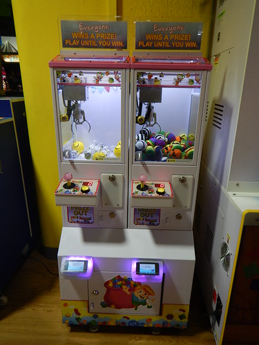 Mini Claw Machine