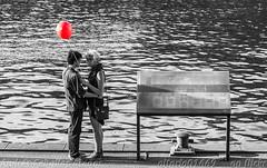 Closer (_altaria01669_) Tags: city red white black love blanco water saint ro river rojo agua san day state pareja amor baloon negro australia melbourne ciudad victoria valentine valentines yarra aussie aus da valentin globo estado valentn enamorados enamorado melburne