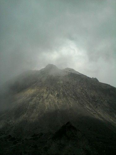 "Pengembaraan Sakuntala ank 26 Merbabu & Merapi 2014 • <a style=""font-size:0.8em;"" href=""http://www.flickr.com/photos/24767572@N00/27129579416/"" target=""_blank"">View on Flickr</a>"
