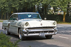 Mercury Montclair Hardtop Coup 1955* (2908) (Le Photiste) Tags: sexy 1955 wow interesting thenetherlands photographers cm clay oldcars soe fairplay giveme5 autofocus photomix ineffable prophoto friendsforever simplythebest finegold bloodsweatandgears greatphotographers themachines lovelyshot americanluxurycar gearheads digitalcreations slowride carscarscars beautifulcapture damncoolphotographers myfriendspictures artisticimpressions simplysuperb anticando thebestshot digifotopro afeastformyeyes alltypesoftransport simplybecause iqimagequality allkindsoftransport yourbestoftoday saariysqualitypictures hairygitselite lovelyflickr vividstriking blinkagain canonflickraward theredgroup transportofallkinds photographicworld fandevoitures aphotographersview thepitstopshop thelooklevel1red showcaseimages planetearthbackintheday mastersofcreativephotography creativeimpuls planetearthtransport vigilantphotographersunitelevel1 wheelsanythingthatrolls cazadoresdeimgenes momentsinyourlife livingwithmultiplesclerosisms am6210 infinitexposure sidecode1 djangosmaster vianenthenetherlands bestpeopleschoice mercurydivisionoffordmotorcompanydearbornmichiganusa mercurymontclairhardtopcoup mercurymontclairseriesmodel64a2doorhardtopcoup